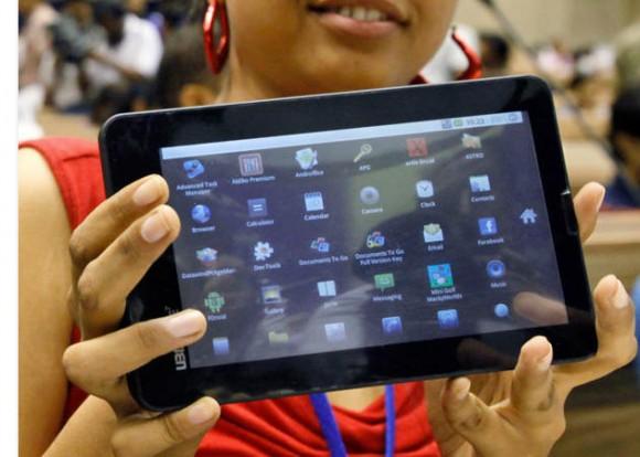 Aakash 2, el tablet subvencionado por el Gobierno Indio